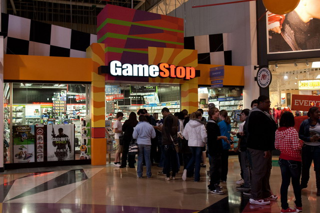 GameStop_26526_screen_resize